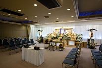 2F 葬儀式場(各60席)