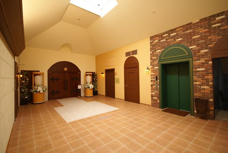【平安 世田谷】<br />  カルチャーパビリオン平安世田谷は、家族葬にふさわしい洋風邸宅を貸切でご利用になれるセレモニーホールです。